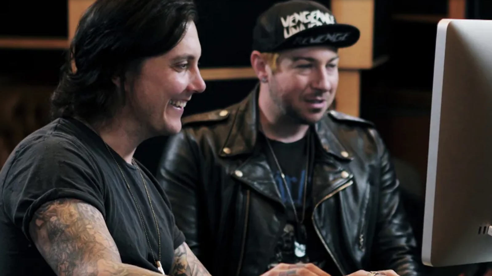 "See Avenged Sevenfold Reveal ""Weird"" Secrets Behind Song ""Almost Easy"""