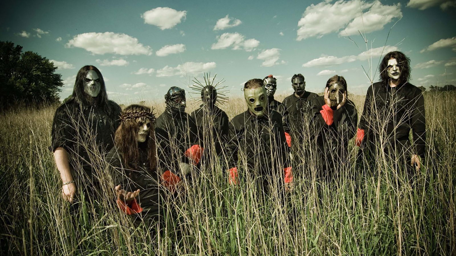 Tour Laundry Specialist: Slipknot's Stage Clothes Filthiest He's Ever Cleaned