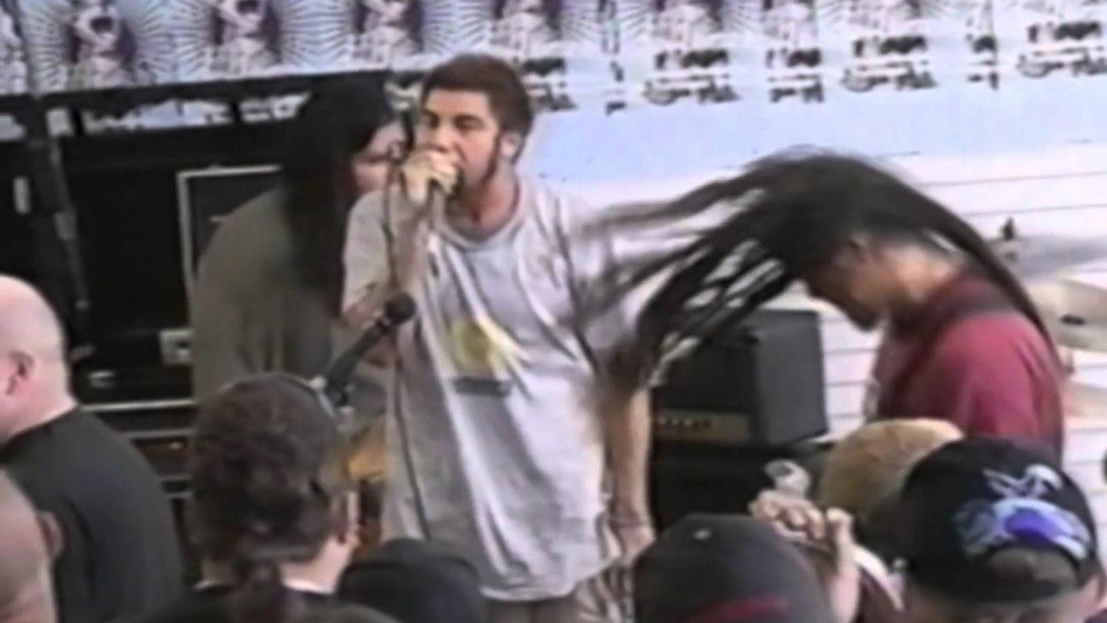 "See Deftones Play ""7 Words,"" ""Teething,"" at Wild In-Store Show in 1996"