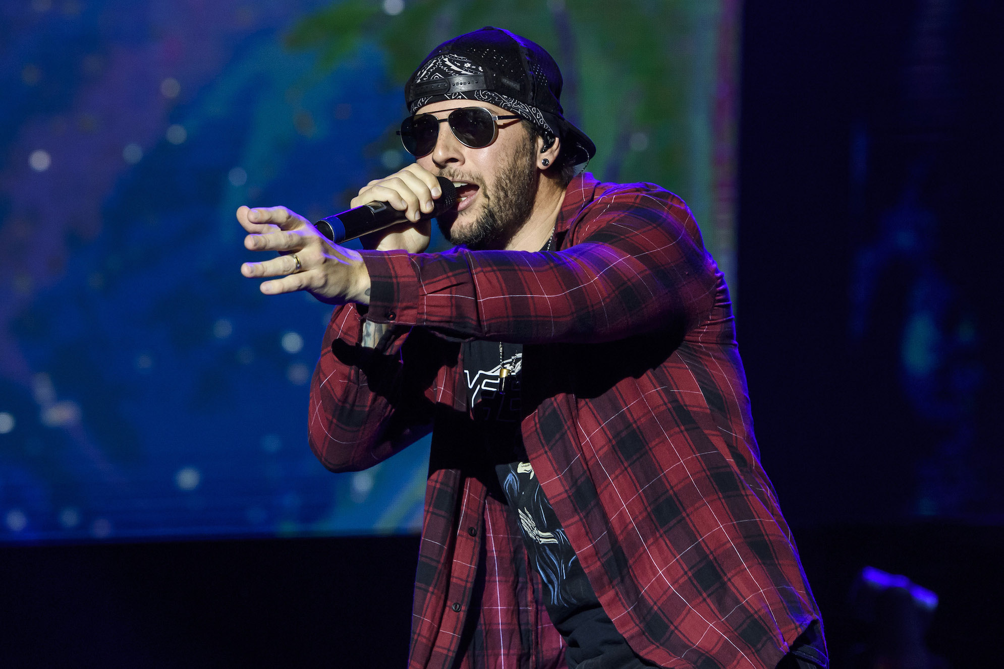 Avenged Sevenfold Cancel Tour After M. Shadows Suffers