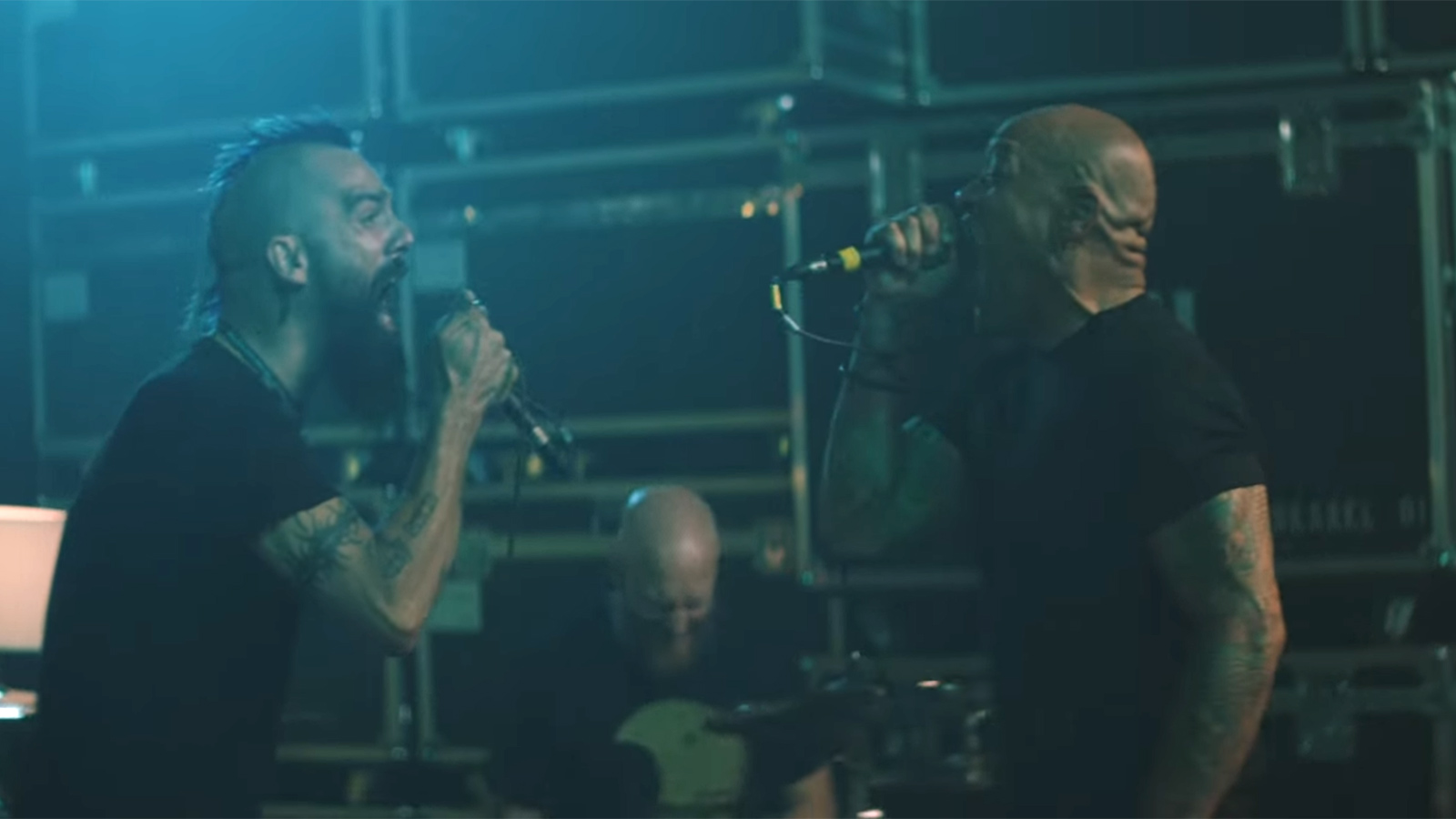 """Watch Jesse Leach, Howard Jones Throw Down in Killswitch Engage's """"The Signal Fire"""" Video"""