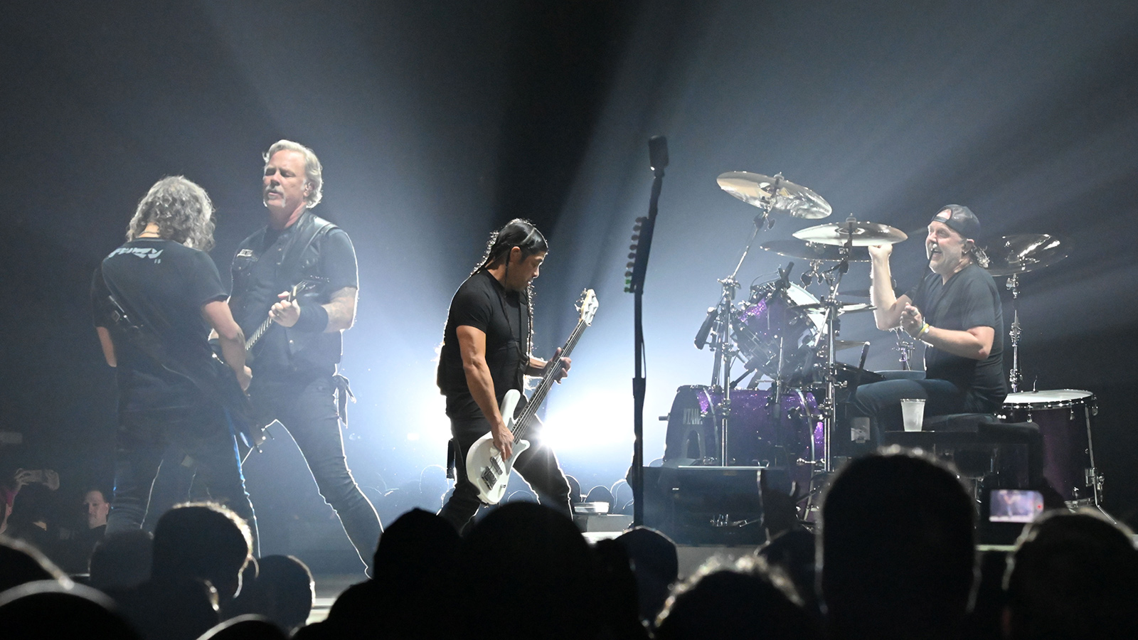 "Watch Metallica's Stunning Pro-Shot ""Enter Sandman"" Performance in Kentucky"