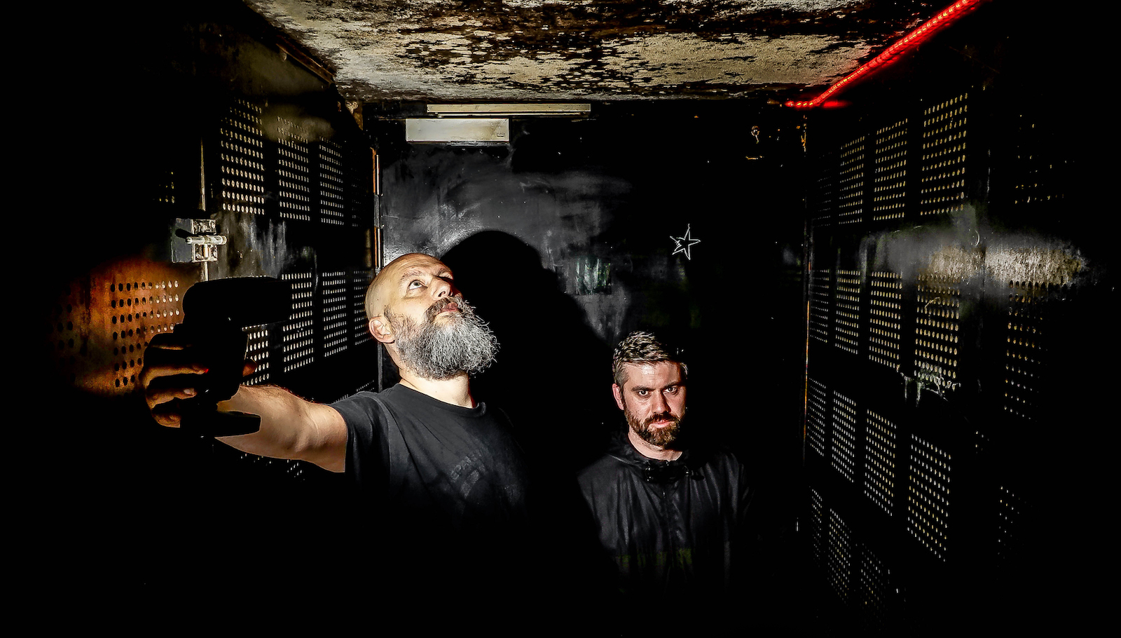 """Hear Skeletonwitch's Guitarist Shred on Dead Neanderthals' New Song """"Death Bell"""""""
