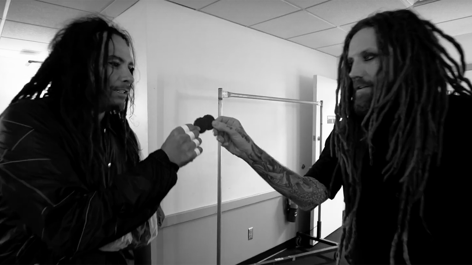 "Go Behind the Scenes of Korn's ""Bucket-List"" Tour With Alice in Chains"