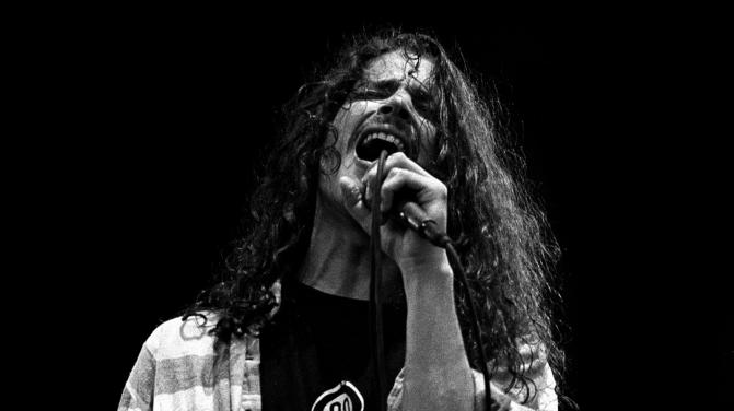 chris cornell soundgarden GETTY, Paul Bergen/Redferns/Getty