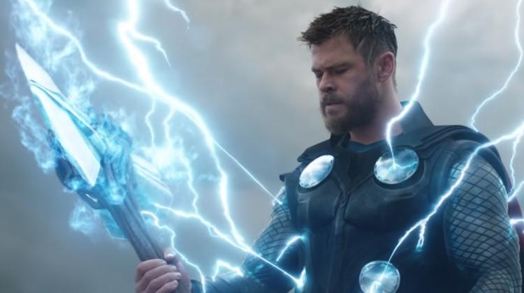 avengers-endgame-thor-grab.jpg
