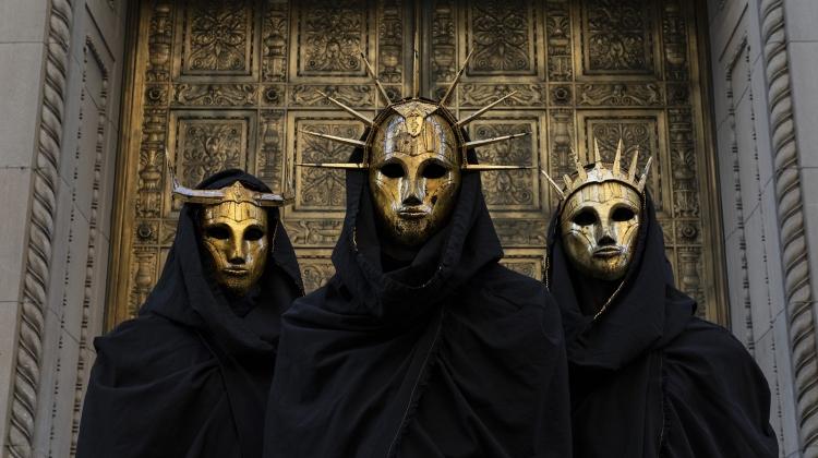 imperial triumphant 2020 PRESS GOLD DOOR