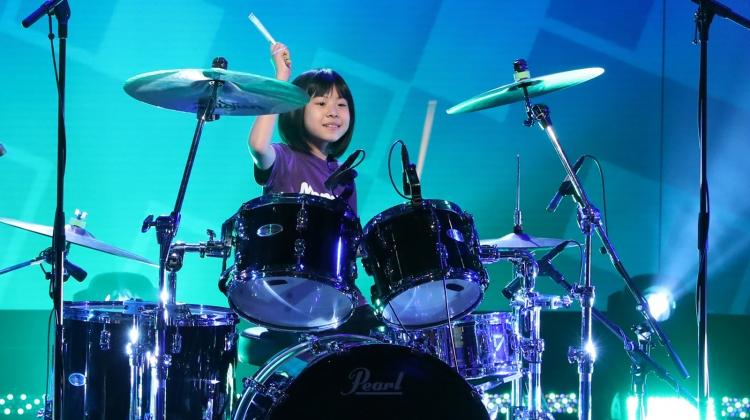 drummer-ellen-kid-2.jpg