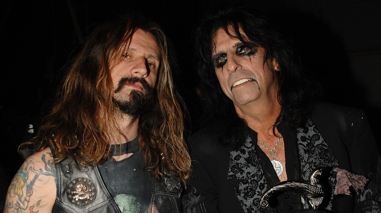 Rob Zombie Interviews Alice Cooper Enjoy The Bloody Dirty Stage