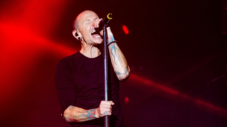 From Pantera To Adele Linkin Park Singer Chester Benningtons 10