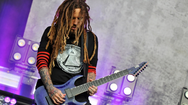 korn head GETTY 2017, C Brandon/Redferns