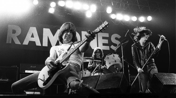 ramones 1977 GETTY, Howard Barlow/Redferns