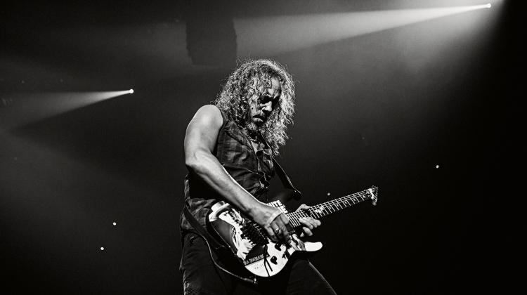 """Kirk Hammett on New Metallica Music: """"I Have a Ton of Material"""""""