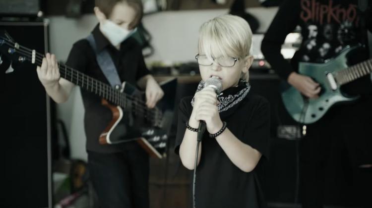 Korn kid band screen