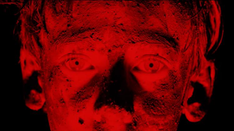 """LLNN """"Obsidian"""" video screenshot"""
