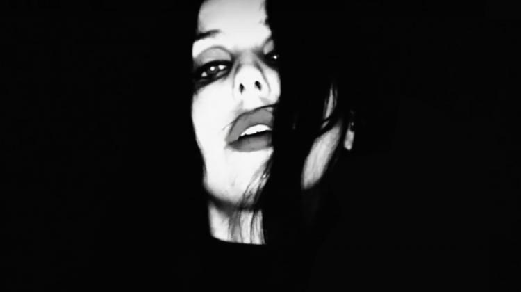 Chelsea Wolfe 2020 black white