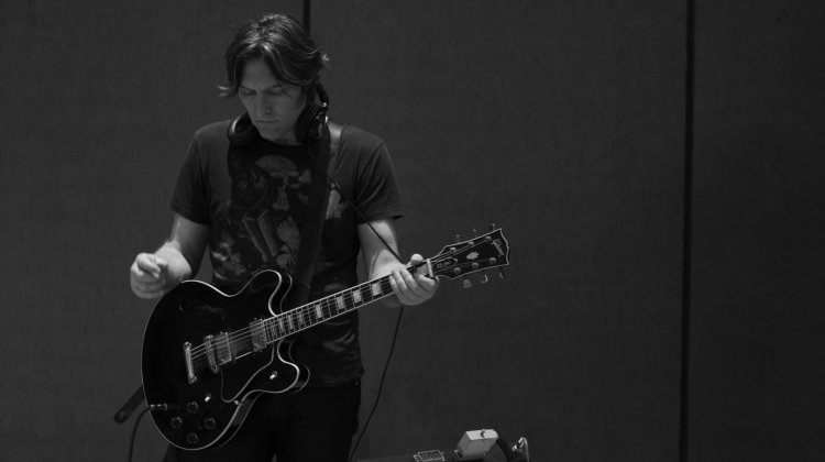 tyler bates Victor Colomes, Victor Colomes