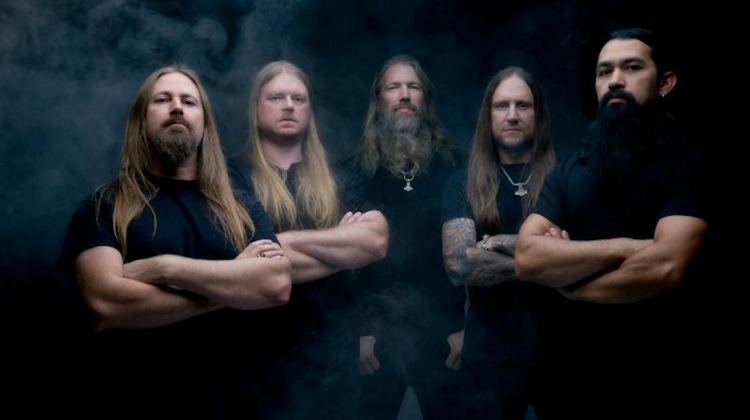 AmonAmarth_press_2019_8.jpg