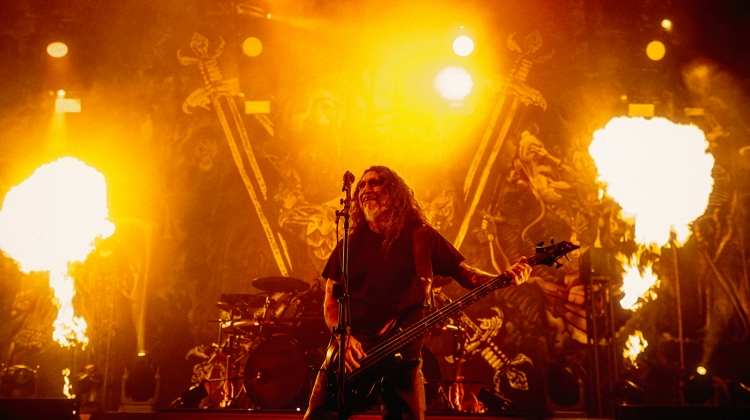 slayer HUBBARD 077a6641_copy.jpg