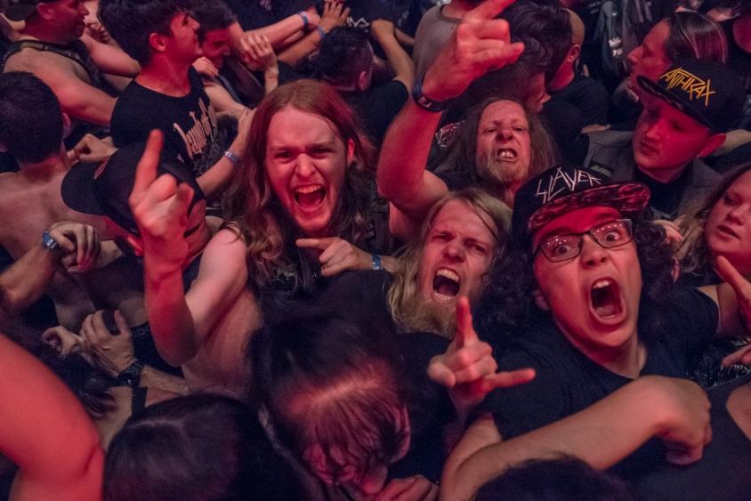 crowd_-_nj_-_5.24.19_-_revolver_-_02.jpg