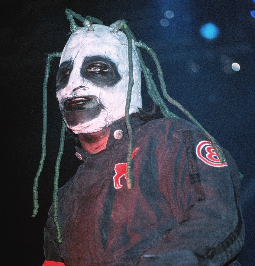 Corey Taylor 2001 Iowa mask, Tim Mosenfelder / Getty Images