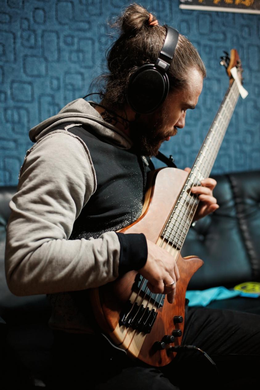 Eugene Jinjer Bass in Studio 2021, Daria Moiseieva